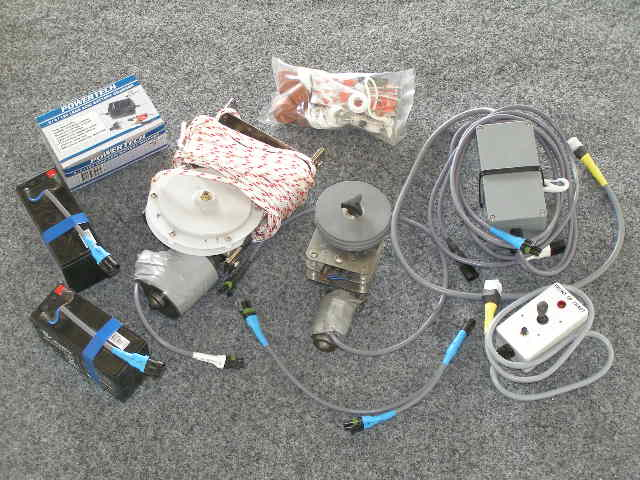6131 - Standard 2.3 Servo Assist System with 40rpm mainsheet winch and single speed helm