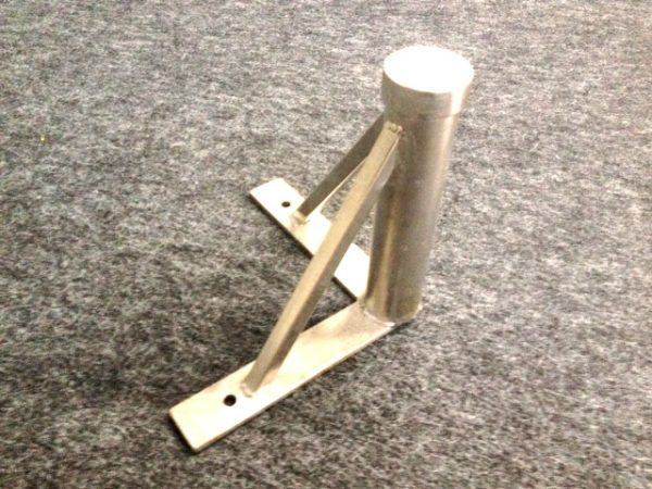 5354 - Corner stand. Stainless steel