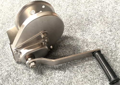 5301 - Hand winch stainless steel (also suits keel lifters 5261 & 5281)